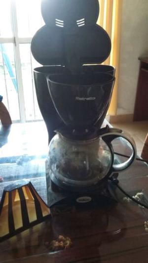 Vendo cafetera liliana ristretto con jarra fisurada