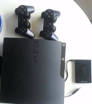 PS3 Slim 250 GB + 2 mandos + Disco Externo 500 GB con + de