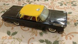 Auto De Colección De Chapa, Taxi De Juguete En Buen Estado