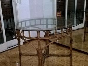 Mesa de comedor de vidrio redonda base de posot class for Mesas de comedor de vidrio redondas