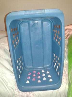Canasto cesto ropa sucia plástico colombraro  Posot Class