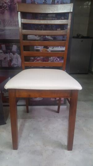 Sillas madera, asiento ecocuero