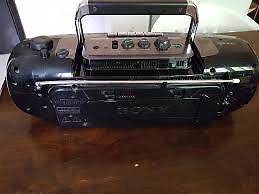 Radio casette Stereo 'Hishi'. ¡¡¡NO ES LA DE LA FOTO!!!