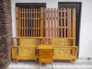 juego de dormitorio 2 camas de 1 plaza en guatambu y mesa de