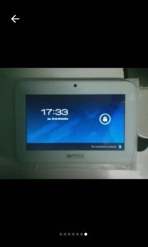Tablet Skytex Sp458 Con Caja Y Accesorios