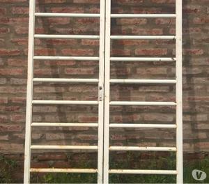 VENDO Reja para puerta balcón