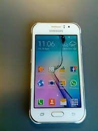 Vendo celular Samsung J1 Ace Duos