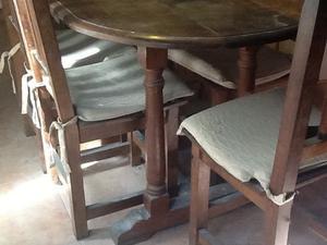 Juego mesa y sillas algarrobo