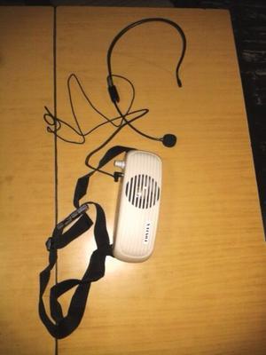 Micrófono vincha con amplificador portátil riñonero