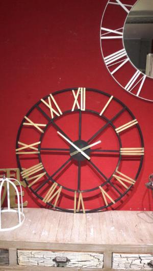 Reloj de pared hierro grande 90 cm
