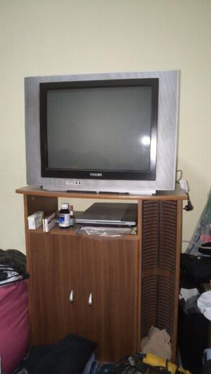 TV CON MESA