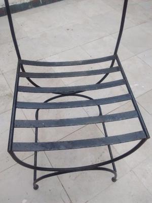 sillas de hierro con mesa rectangular de hierro