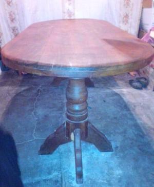 Vendo mesa y cinco sillas de algarrobo