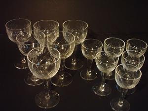 12 Copas Antiguas De Cristal Tallado Para Oporto Y Licor