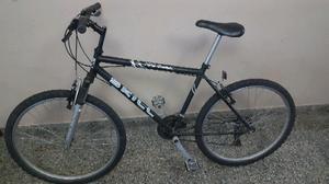 Bicicleta usada negra