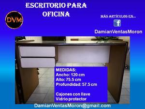 Escritorio para oficina (usado) 120 x 75.5 x 57.5 – Vidrio