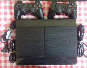 PS3 usada + 2 joysticks + 11 juegos