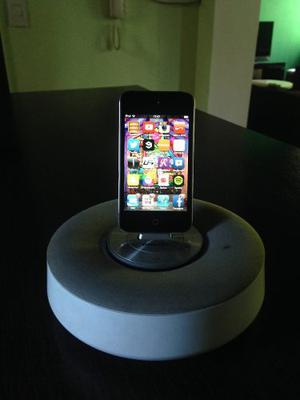 Ipod Touch + Base Parlante Philips