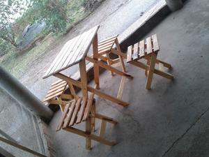 Mesa y bancos de madera para jardin rosario posot class for Vendo caseta madera jardin