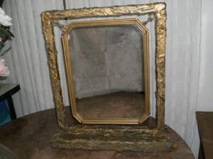 vendo espejo dorado con base. nalo.