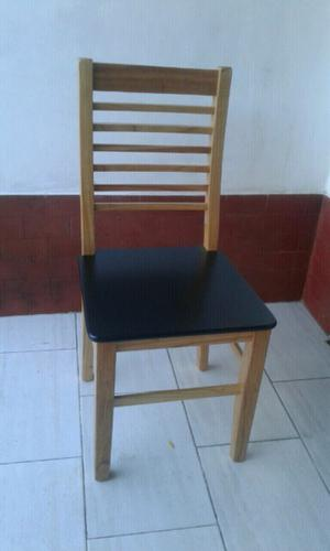 Mesas y sillas laqueadas o lustradas