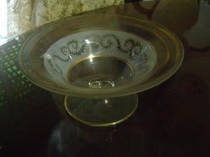 antiguo centro de mesa tallado quimico y oro
