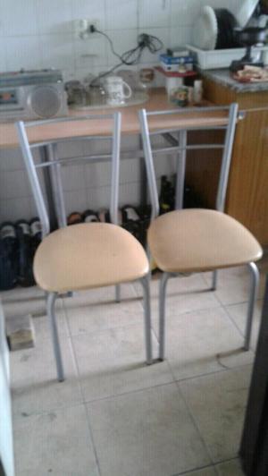 Juego mesa y sillas para cocina comedor diario posot class for Juego mesa cocina