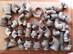 Piezas cromadas para instalación