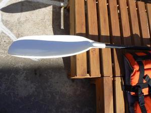 Vendo chaleco salvavida y remo para kayak