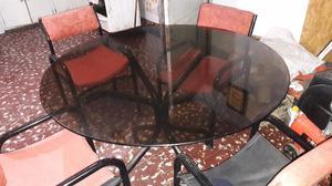 Vendo mesa y sillas!!