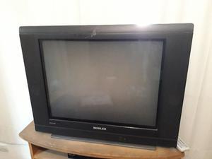 televisor 29 y mesa de tele