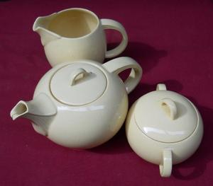 Juego de Té de porcelana inglesa Wood's Ware Modelo