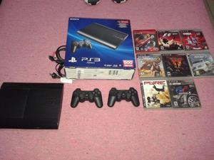 Vendo Urgente PlayStation 3 con 2 controles y 8 juegos