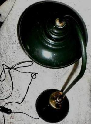 antigua lampara chapa mesa jardin quincho COCINA