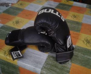 Bolsa de boxeo,guantes....