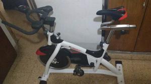 Vendo bicicleta fija de gim