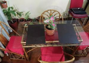 Mesa De Caña Con Vidrio Original, 4 Sillas Y Biblioteca