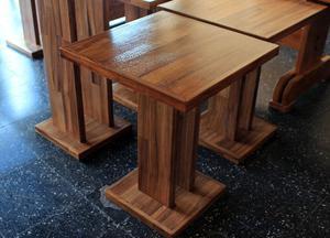 Mesa bar x maciza fabrica re for za da pata posot class for Mesa de madera maciza