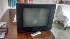 Vendo tv 21 bgh feelnology con control