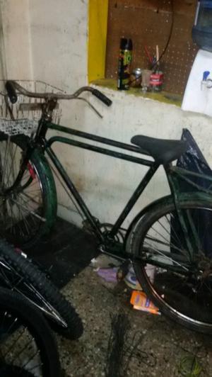 Vendo bicicleta inglesa rodado 26 para.hombre...andando !!!!