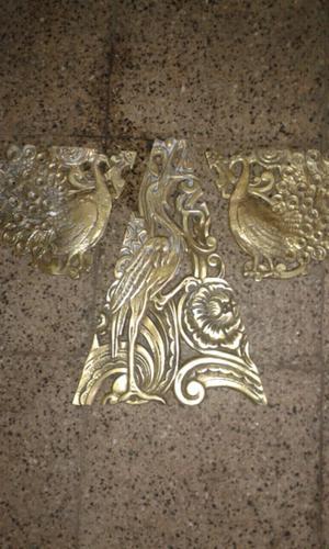 Antiguos adornos de cama de bronce