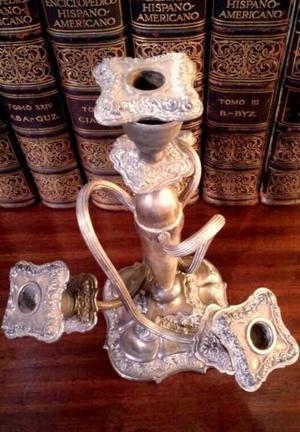 Candelabro de 4 velas de metal plateado