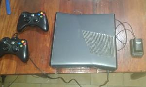 XBOX 360 S EXELENTE ESTADO