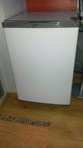 Heladera Lacar Chica C/freezer