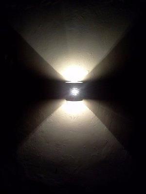 Iluminación De Frente E Interiores De Casa