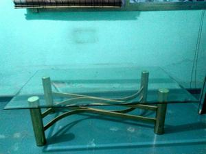 Mesa ratona de vidrio y bronze