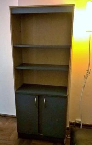 Mueble Biblioteca muy practico y a buen precio ¡Imperdible!