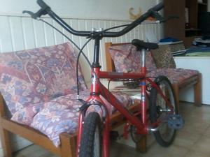 Bicicleta para niño rod.20 en excelente estado