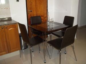Comedor modelo Jacobsen 4 sillas !! Flete sin cargo !!