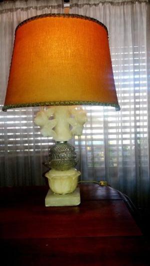 lampara de marmol y cristal muy antigua